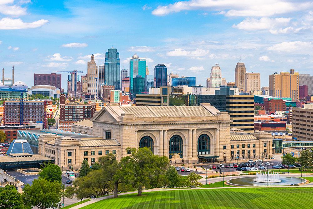 Union Station and downtown Kansas City skyline